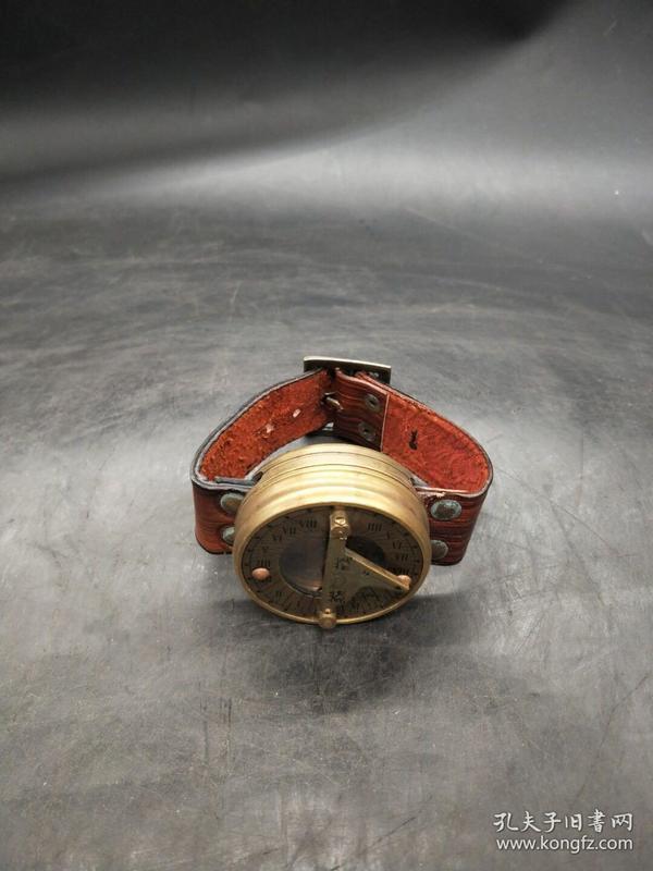 指南针手表(长期有货),重量94g代理转图可以加价,运费自理。