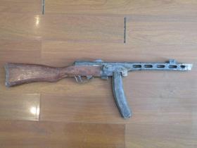 50年代 木头冲锋枪玩具