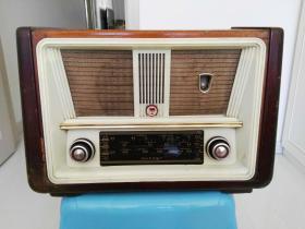 渡江61-6C1型收音机(非常少见)
