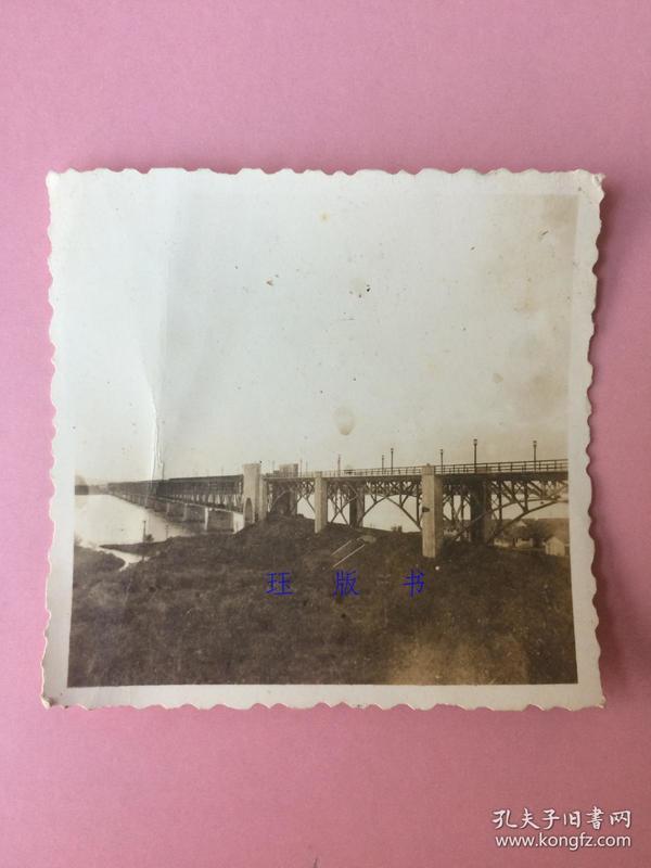 照片,桥梁,大桥,像是民国时期,不知是哪里