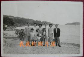 """民国老照片:香港——浅水湾(号称""""天下第一湾"""",也有""""东方夏威夷""""之美誉)1949年【桐阴委羽系列】"""