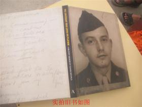 THE LIEUTENANT WHO LOVED HIS PLATOON(16开精装)