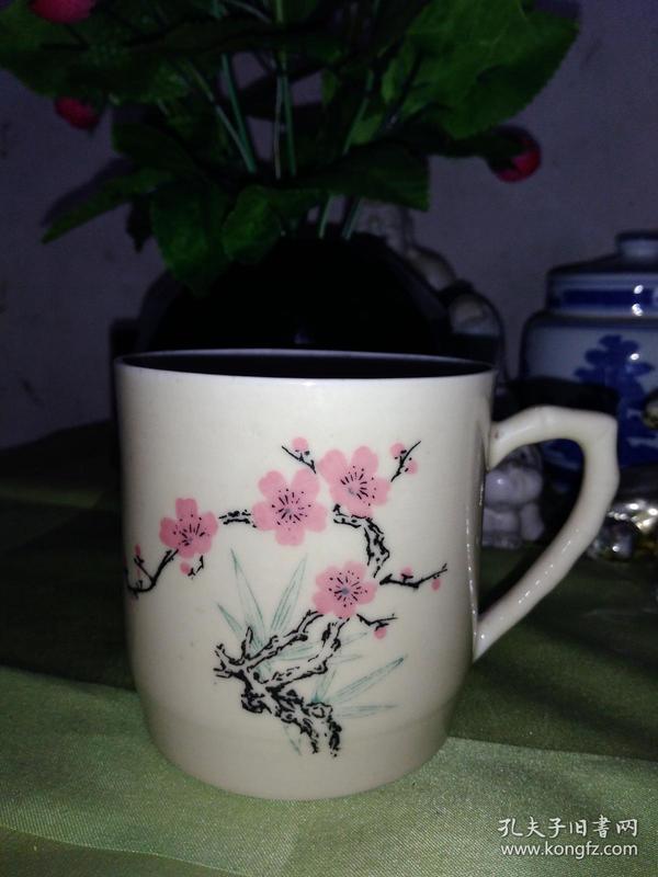 一个老茶杯03