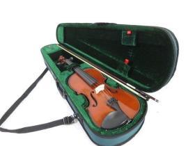 【包真 海外 专业 小提琴】弦楽器  STENTOR斯坦笪小提琴- 130尺寸的4 / 4 配弓、盒***赠铃木小提琴教材1-8全套定制本及光盘