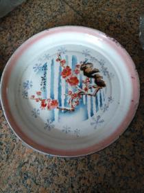 4、巨型搪瓷大盘--犹有花枝俏、梅花,背草原牌-包头搪瓷厂1969,规格452MM,85品。