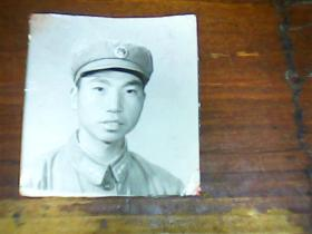 老照片 军人1寸半50-60年代
