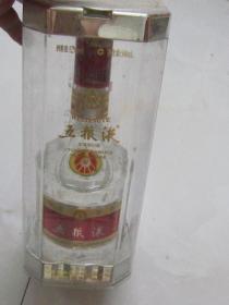 老酒:2007年52°水晶盒五粮液1瓶(没跑酒).