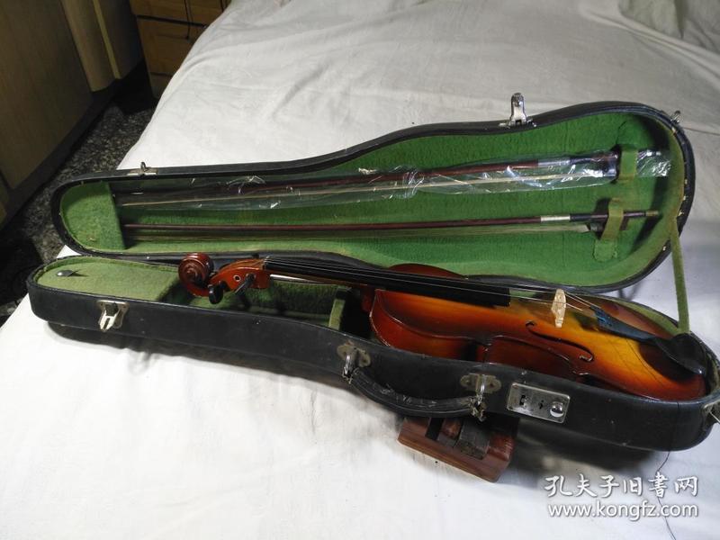 天津产,鹦鹉牌4分之4成人小提琴