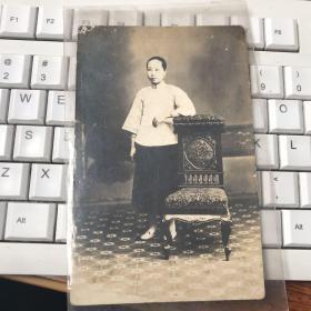 2777:民国美女 明信片