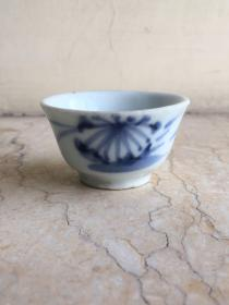 明清 德化青花功夫茶杯 口径5高2.9cm。精巧秀丽,包老到代。全美品相。