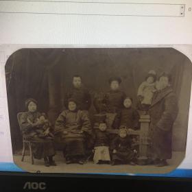 清末民初全家福小脚翻拍过胶老照片  如图