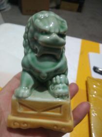 瓷器 摆件 狮子