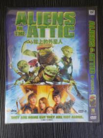 D9 楼上的外星人 Aliens in the Attic 又名: 楼上邻居外星人 / 爆炸屋顶外星人 / 他们来自楼上 导演: John Schultz 1碟 版本配置: 福克斯1区版+3区官方中英法字幕+OST+完整花絮+电影原声APE数据包