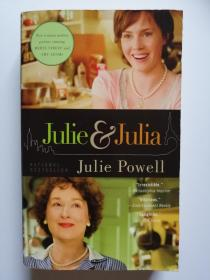 JULIE and JULIA My Year of Cooking Dangerously  (英文原版 我的危险烹饪年)