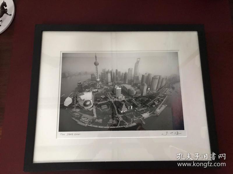 """限量100张(1/100)尔冬强摄影作品 """"Shanghai 244""""(上海 244,附赠收藏证书)"""