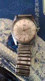 上海手表1110(走时准确)