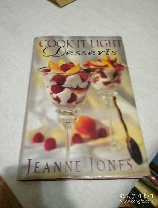 COOK IT LIGHT Desserts(英文原版)