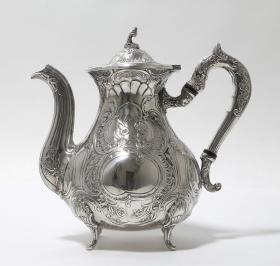 20世纪瑞士纯银咖啡壶 年代:1964 重量:708克 尺寸:高19CM