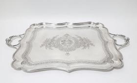 19世纪俄罗斯帝国纯银手工錾花托盘 年代:1895 重量:1281克 尺寸:41.5×34.5CM(不含把手)