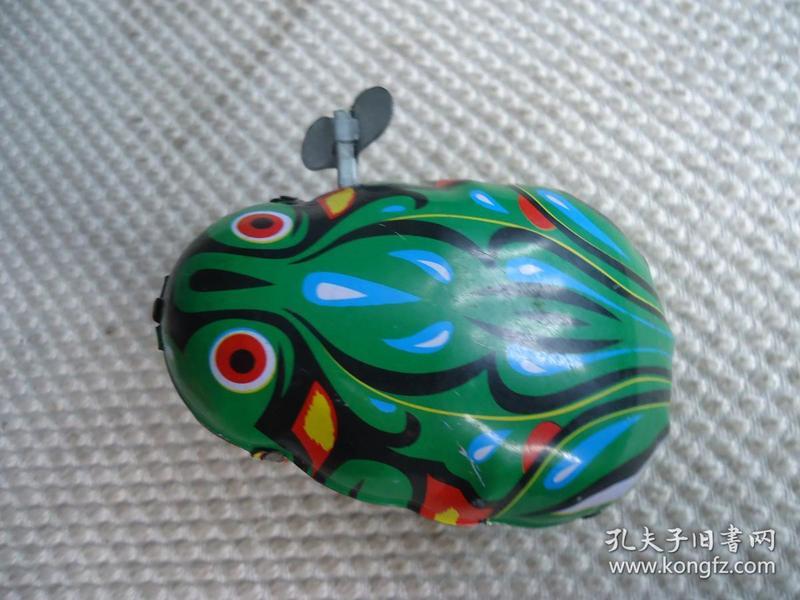铁皮玩具青蛙