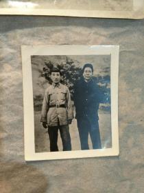 毛、林三十年代合影照