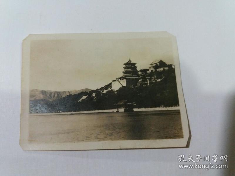 老照片(万寿山佛香阁)