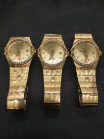梅花党内部人员定制欧米伽手表,价钱1200元一个,单个重量约1480克。代理可以转图加价,运费自理。