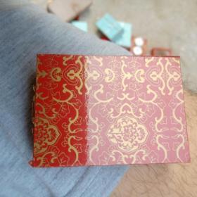 1盅司面值十元成色999,2011年熊猫币
