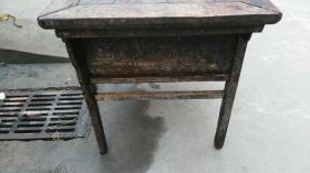 民国木桌子