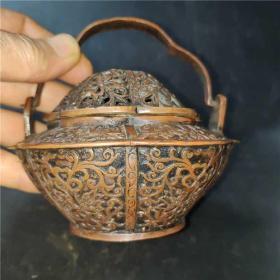 黄铜精美藏手炉雅居茶舍办公室实用摆件 精品收藏尺寸 12*11厘米 (宽*高)重量 1.2斤