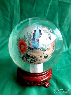 高级手工绘喜鹊牡丹内画水晶球   河北衡水 非物质文化遗产   ,直径12cm,包括底座高15cm。重1596克。