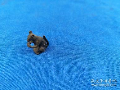 民间 《 老铜兽》  造型精致 陈年老道  包浆极好 ,值得收藏