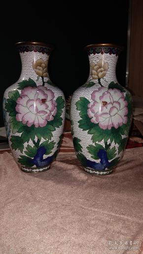 景泰蓝花瓶一对