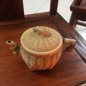 竹蓝式样的紫砂壶