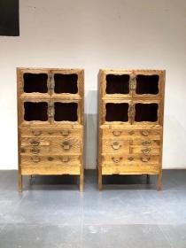 清代,金丝楠木书柜一对,纹理行云流水般漂亮,全品。尺寸92,54,175 运费自理