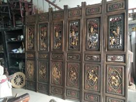 老杉木格栅屏风隔扇一套,一套六片,雕刻精美,全品无修,单扇高233cm,宽48cm。
