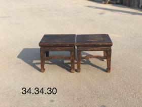 清代小方凳,榆木质,全品,皮壳老辣,极具年代感,做工漂亮,尺寸34.34.30cm