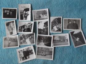 文革及文革前后:各种合影、单人照、小孩照,15张合售。有一张背面有61年标识。