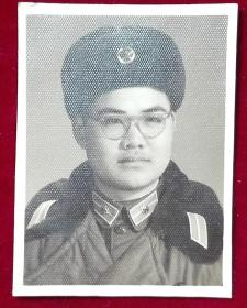 [1965年解放军单人】布纹照片一张