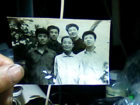 3寸黑白照片 合影