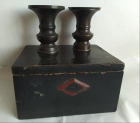 民国时期老漆盒和铜花觚一对