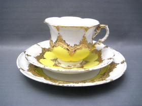德国梅森鎏金咖啡杯三件套 明黄色底的梅森非常罕见,不多介绍了