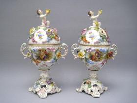 德国德累斯顿古董堆花人物赏瓶一对   尺寸:高28CM  73403#