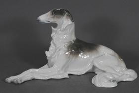 德国梅茨勒&奥尔特洛夫 古董猎狼犬大瓷塑雕像 尺寸:长31.5CM,高16CM