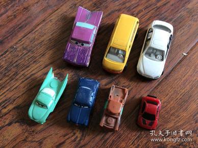 7个小汽车,大小不一样材料不一样请看图,看好下单以免纠纷只能发快递