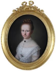 英国19世纪古董人物粉彩画尺寸:78×63CM作者:(英)西伯特(1841-1879)品相完好,非常漂亮画面描绘了一位美丽的贵族年轻少女,棕红色的头发配着一件纯白蕾丝裙衫,安静的看着你……我心荡漾起来……