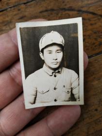 1949年中国人民解放军半身像照片