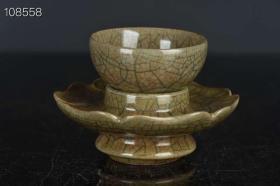 宋 哥窑 金丝铁线 纹 茶盏 茶杯