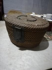 漂亮清代铜饰藤编茶壶壶套