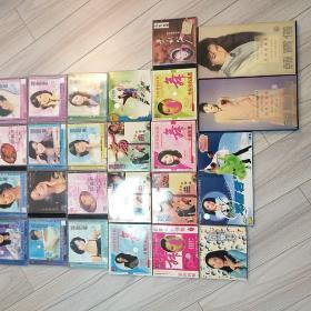 邓丽君CD_VCD。23本合售送,龙飘飘CD2本,韩宝仪CD2本。再送卡秋莎伴舞曲一个。